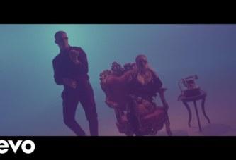 KAROL G x BAD BUNNY – AHORA ME LLAMA (VIDEO OFFICIAL)